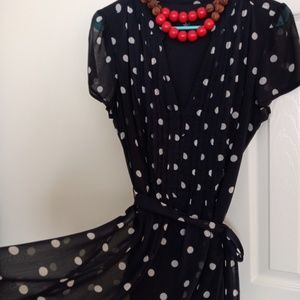Dresses & Skirts - Polka dot dress